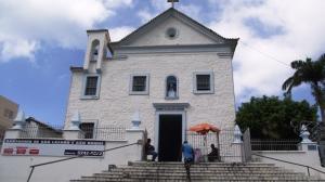 Frente da igreja do Santuário.